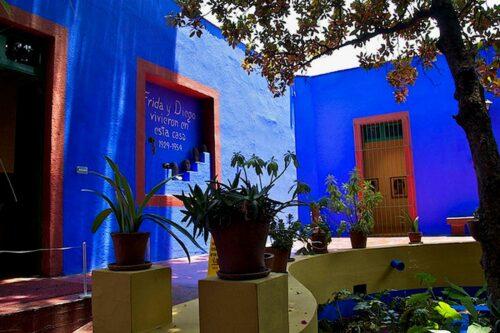 """Dom dzieciństwa Fridy Kahlo"" (la maison d'enfance de Frida Kahlo), Riku Kettunen/Flickr, source: Miejsca.org"